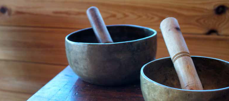Singing-Bowls-Sound-Healing-Cacao-Ceremony-Elena-Angel-London